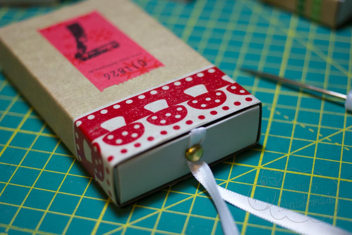 Adventskalender DIY mit Streichholzschachteln und Wertmarken