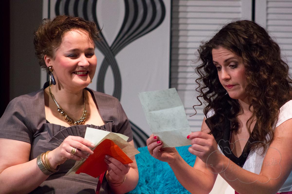 Das Koffertheater spielt: Wie wär's denn, Mrs. Markham?