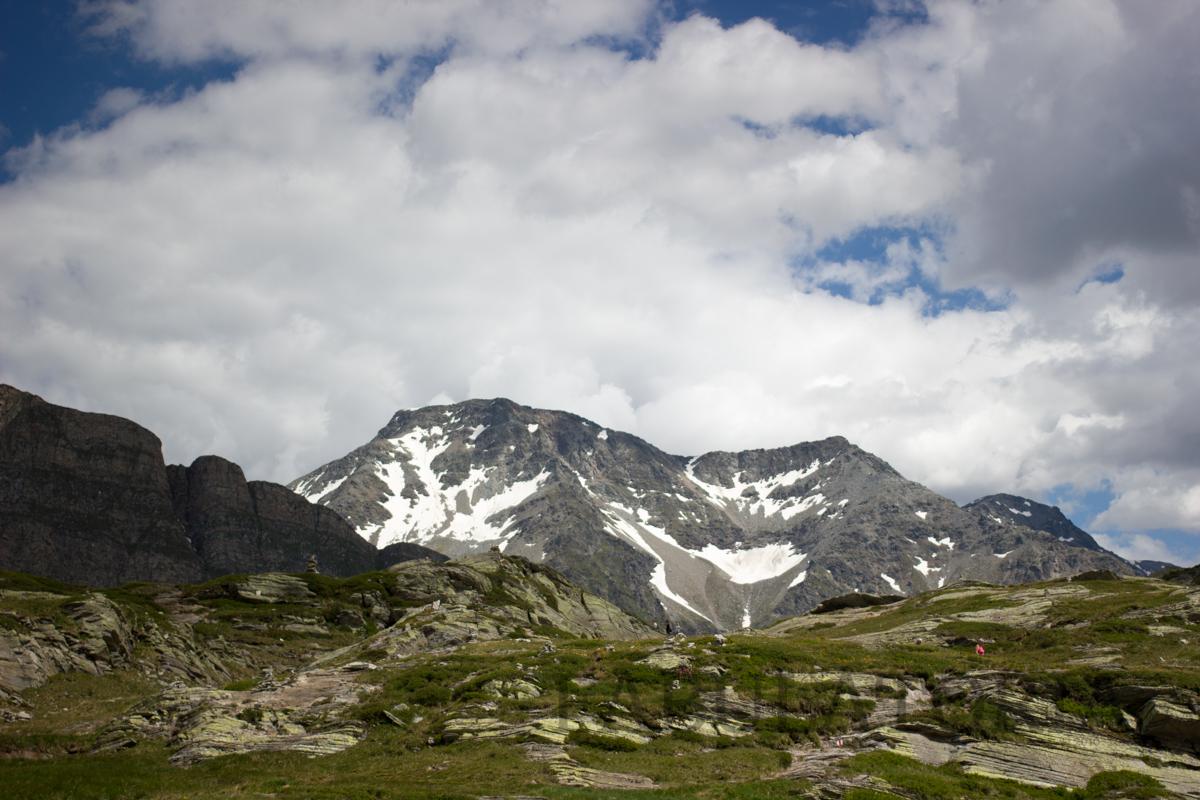 Der Weg ist das Ziel: Ein Picknick in 2066 m Höhe auf dem San-Bernadino-Pass
